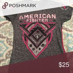 American fighter tee Excellent condition breast cancer American Fighter Tops Tees - Short Sleeve
