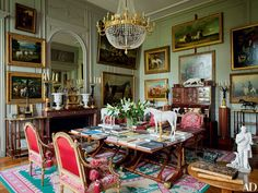 This image of the Double Salon at Chateau de Digoine. Traditional Office, Traditional Interior, Classic Interior, Ad Architectural Digest, Antique Interior, Beautiful Interiors, French Interiors, Vintage Interiors, Interior Inspiration