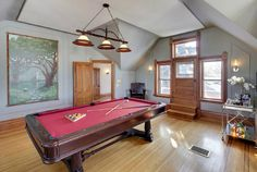 Photos: Josh Hartnett's Minnesota refuge.  ... and a pool table and bar cart for entertaining.
