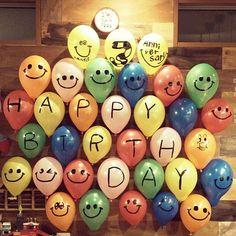 女性で、3LDKのちまちま作業嫌いじゃないよ/ダイソー/IKEA 雑貨/カラフル/バースデー…などについてのインテリア実例を紹介。「息子の3才誕生日が近いので飾り付け開始♪ 独りで、しかも口で膨らましたから酸欠の頭痛に何回もなった。」(この写真は 2015-12-04 22:57:33 に共有されました) Happy Birthday Quotes For Friends, Happy Birthday Pictures, Happy Birthday Wishes, Birthday Images, Birthday Greetings, Birthday Decorations At Home, Birthday Party Decorations, Cute Birthday Gift, Diy Birthday