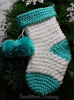Snowflake Stocking from Smalltown Dreamz*** Pattern coming Friday, Nov 21***