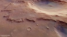 Mars Express desvela un cráter de impacto antiguo y sin nombre