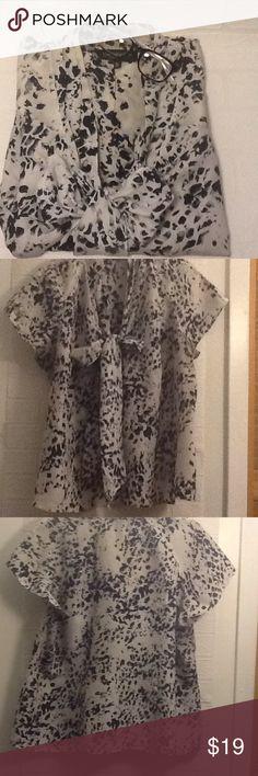 "Jones New York collection woman 18W 100% silk, 24"" approx armpit -armpit in great shape 😎 Jones New York Tops"