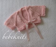 Bebeknits Sweet Newborn Front Tie Baby Cardigan Knitting Pattern in 3 Sizes Bebeknits Sweet Newborn Front Tie Baby Cardigan by bebeknits Always aspired to learn to knit, but undecided the place to. Knitting For Kids, Knitting For Beginners, Hand Knitting, Baby Cardigan Knitting Pattern, Knitting Patterns, Baby Warmer, Best Christmas Gifts, Crochet Fashion, Little Dresses