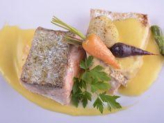 Receta | Salmón en sobre - canalcocina.es Food, Cooking, Essen, Meals, Yemek, Eten