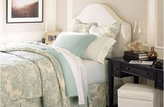 The Everyday Hostess Guest Bedroom - How to prepare your home for house guests - 5 easy tips and tricks! Pretty Bedroom, Dream Bedroom, Master Bedroom, Slipcovered Headboard, Slipcovers, Headboards, Attic Bedrooms, Guest Bedrooms, Guest Bedroom Decor