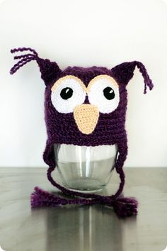 Owl hat in Homespun Well Dayley I guess there are some crochet ones. Crochet Owl Hat, Crochet Hooded Scarf, Crochet Crafts, Crochet Yarn, Yarn Crafts, Crotchet, Knitting Projects, Crochet Projects, Crochet Character Hats
