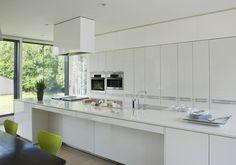 Modern Kitchen Photos of - Lonny Kitchen Patio Doors, Kitchen Dining, Kitchen Cabinets, Kitchen Photos, Kitchen Ideas, Cool Kitchens, House Design, Awesome Kitchen, Modern