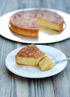 Melópita – Honey pie from Sifnos island .gluten and sugar free / Honey pie / Melopita Just Desserts, Delicious Desserts, Yummy Food, Honey Pie, Greek Honey Cake Recipe, Greek Sweets, Greek Cooking, Cooking Wine, Cooking Utensils