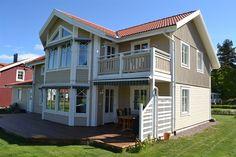 cape cod gr ne fassade aus holz wohnhaus mit einer. Black Bedroom Furniture Sets. Home Design Ideas