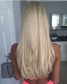 Summer Hairstyles : 60 Ultra Flirty Blonde Hairstyles You Have To Try Medium Blonde Hair, Ash Blonde Hair, Summer Hairstyles, Pretty Hairstyles, Long Blonde Hairstyles, Balayage Ombré, Gorgeous Hair, Hair Looks, Dyed Hair
