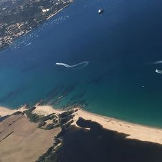 Le paradis vu du ciel #Corse #paradisu #corsicaisland #mediterranee #mer #sea #plage #beach #igerscorsica #ete2016 #vacances #tourisme #farniente #aircorsica #airline #simutantuvicini