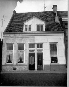 Thorbeckegracht 24 en 25,1972.