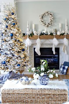 Blue and White Christmas Tree and living room tour. Blue and White Christmas Tree and living room tour. Blue and White Christmas Tree and living room tour. Blue Christmas Tree Decorations, Coastal Christmas Decor, Christmas Living Rooms, Gold Christmas Tree, Christmas Themes, Holiday Decorating, Decorating Ideas, Decor Ideas, Scandinavian Christmas