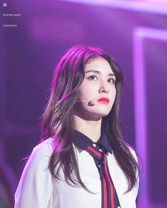 Somi @ Time Slip concert  . . . . .cr.winter daisy #IOI #너무너무너무 #아이오아이 #Somi #Sejeong #yoojung #Chungha #Sohye #Jieqiong #Chaeyeon #Doyeon #Mina #Nayoung #yeonjung #snsd  #twice #redvelvet #gfriend #wjsn #gugudan #bts #b1a4 #seventeen #got7 #exo #kpoplfl #kpopfff #kpop #Girlgroup #jyp