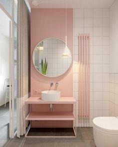 Pastel pink bathrooms, hot pink bathrooms, pink bathroom tiles, pink bathroom sets, pink basins and pink vanities. These pink bathroom ideas have it all & more. Hot Pink Bathrooms, Pink Bathrooms Designs, Pink Bathroom Tiles, Pink Tiles, Bathroom Sets, Modern Bathroom, Pastel Bathroom, Bathroom Colours, Bathroom Vintage