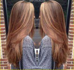 Erstaunliche lange gerade Frisuren für Frauen