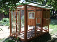 Build a your own Chicken Coop! With directions, pictures and advice for backyard chickens!