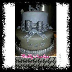 stapel (verjaardags)taart man 65 jaar
