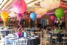 Assorted Colored Marble Balloons with Twisty Balloons