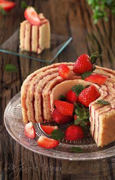 Френска ягодова торта (Gâteau fraisier)