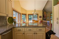 We are your Kitchen Remodeling Experts! Build It Right LLC serves Walworth, Waukesha and Milwaukee County - Oconomowoc, Hartland, Delafield, Pewaukee and more.