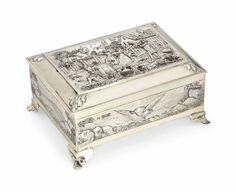 AN EDWARDIAN SILVER-GILT CASKET -  MARK OF BLACKBURN & TYSALL, LONDON, 1904