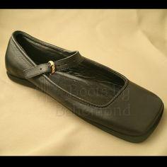 Landsknecht Shoe by Bohemond Boots