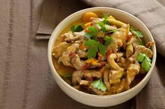 Rode Hete Thai Bief Met Cashews recept   Smulweb.nl