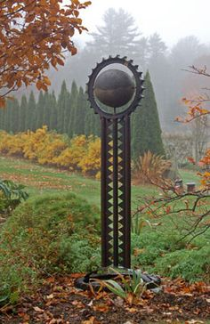 Visit Bedrock Gardens, a 20 acre destination garden and a 27 acre piece of land in Lee, NH. Notable for its plants, sculpture, and landscape design. Metal Art Sculpture, Steel Sculpture, Garden Sculpture, Welded Art, Metal Yard Art, Scrap Metal Art, Welding Art Projects, Garden Projects, Garden Totems