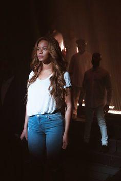 Beyoncé 57th Grammy Awards Staples Center Los Angeles California BTS .02.2015