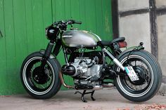 caferacerpasion: BMW R100-7 Bobber by HB Custom...