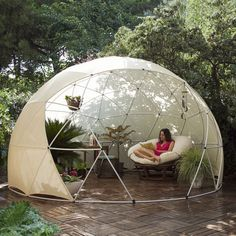 The unique Garden Igloo is a multi-purpose portable dome shaped structure that can transform your outside area and can be used as a stylish conservatory, gazebo, greenhouse, play area, storage space or hot tub cover. This spectacular garden shelter is sure to be a talking point at your next BBQ. The German-designed Garden Igloo can be used in both winter and summer. Perfect as an outside entertainment area, it is a quirky alternative to a costly conservatory. When assembled the Garden Igloo…