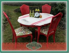 farm fresh turning a old beat up dining set into a fresh vintage beauty, home decor, painted furniture Chair Makeover, Furniture Makeover, Diy Furniture, Large Furniture, Dining Furniture, Furniture Projects, Repurposed Furniture, Painted Furniture, Painted Chairs