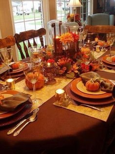 Thanksgiving Tablescape.......