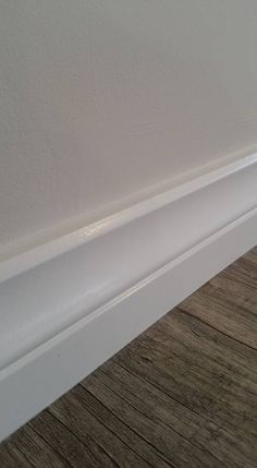 Spray painted skirting boards Perth Wa Lambs tongue skirting boards