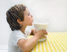 Mythos oder Medizin: Hilft warme Milch beim Einschlafen? - SPIEGEL ONLINE - Gesundheit