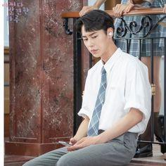 "[Photos] New Stills Added for the Korean Drama ""Extraordinary You"" @ HanCinema :: The Korean Movie and Drama Database Mbc Drama, Big Bang Top, Kim Sang, Gu Family Books, Handsome Korean Actors, Kdrama Actors, Drama Korea, New Poster, Asian Actors"