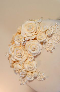 wedding cake, royal icing roses and lace