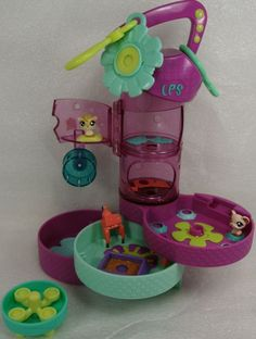 2008 Hasbro Littlest Pet Shop Teeniest Tiniest Compact Hamster Cage W/ 3 Pets for sale online 90s Kids Toys, Cute Hamsters, Little Pets, Childhood Toys, Cute Dolls, Lps, Cool Toys, Cage, Minis