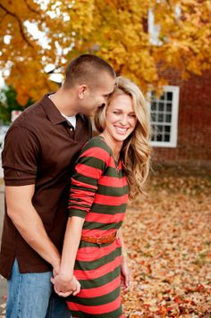 Charming Fall Fredericksburg Engagement Session