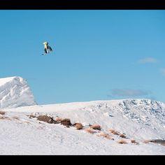 Photo by dunxsmash  #cardrona New Zealand circa 2009. Amazing trip with @geoffbrownsnow and @hottiechan #snowboard #snowboarding #instagood #mytravelgram