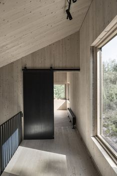 modern indoor sliding doors you will love - May 05 2019 at Interior Barn Doors, Interior And Exterior, Cabin Design, Cabana, Innovation Design, Future House, Interior Architecture, Classical Architecture, New Homes