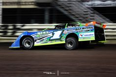 Josh Richards awarded with 2017 Lucas Oil Late Model Dirt Series championship check https://racingnews.co/2017/12/11/lucas-oil-late-model-dirt-series-honors-season-champs/ #joshrichards