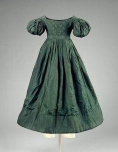 Child's dress ca. 1825 via The Museum of Fine Arts, Boston