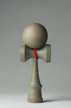 WEATHERED OAK STAIN COMPLETE W/ RED STRING  (Sweets Kendama)