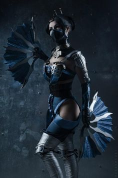 Kitana cosplay from Mortal Kombat X by KitanaStore on Etsy Mortal Kombat X, Cosplay Mortal Kombat, Kitana Costume, Kitana Cosplay, Cool Costumes, Costumes For Women, Halloween Costumes, Mortal Kombat Halloween Costume, Mortal Kombat Costumes Woman