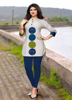 Traditional Kurtis - Shop New Design In Kurti @ Gunj Fashion Grey Color Flax Cotton Patch Work Traditional Kurtis Get this grey color patch work cotton kurti which is perfect for college wear. Couples African Outfits, African Blouses, African Maxi Dresses, African Shirts, African Fashion Ankara, Latest African Fashion Dresses, African Dresses For Women, African Print Fashion, Africa Fashion