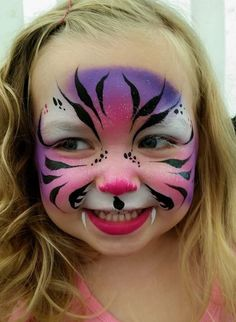 dierendag | Tips4Kidz Face Painting Unicorn, Girl Face Painting, Face Painting Tips, Face Painting Tutorials, Belly Painting, Unicorn Face, Face Painting Designs, Tiger Face Paints, Clown Face Paint