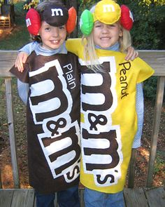 I'm thinking this would be a cute idea as halloween costumes for my kiddos. Maybe king size pillow cases would work as the outfit???